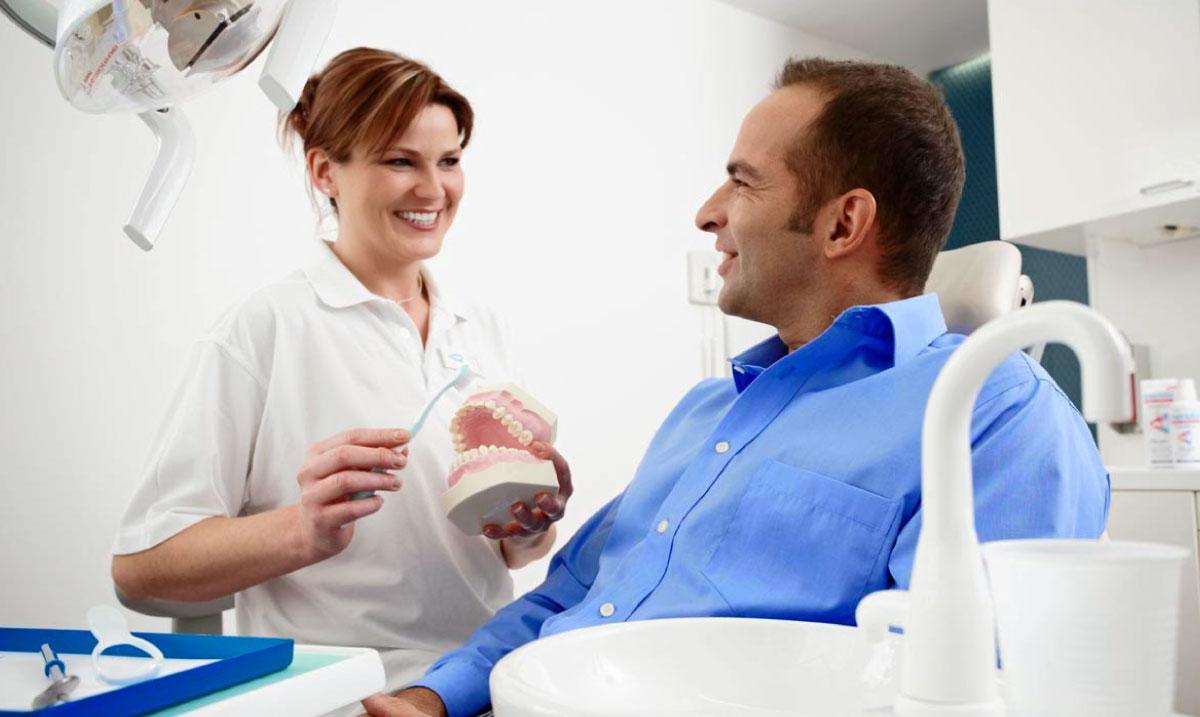 mejor dentista de sevilla
